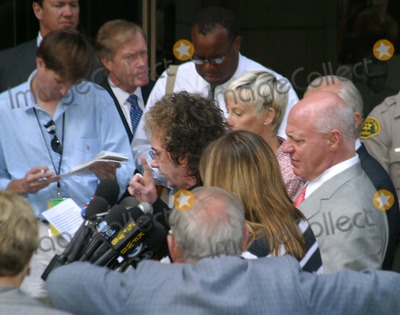 Phil Spector, Lana Clarkson Photo - Phil Spector Indicted!!! on a Charge For Murder of Actress Lana Clarkson at Criminal Courts in Los Angeles, California 09/27/04 Photo by Milan Ryba/Globe Photos Inc.2004 Phil Spector Outside Courthouse