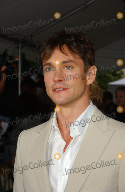 "Hugh Dancy Photo - ""Evening"" Premiere. Clearview Chelsea West , New York City 06-11-2007 Photo by Ken Babolcsay-ipol-Globe Photos, Inc. 2007 Hugh Dancy"