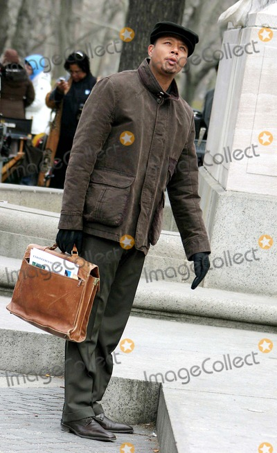 Terrence Howard, Rush Photo - Film Shooting ''August Rush''' at Columbus Circle 59st + Central Park South -Date 03-22-06 Photo by John Barrett-Globe Photos,inc Terrence Howard