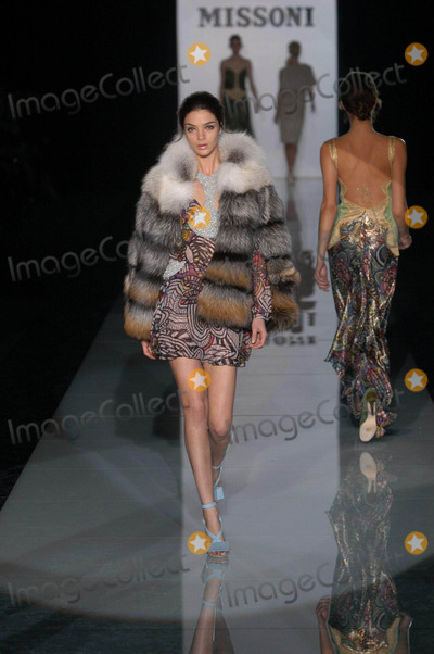 Photo - Livio Valerio/lapresse/Globe Photos, Inc. Milano 29-02-04 Moda Donna Autunno-inverno 2005 Sfilata Missoni