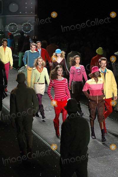 Photo - Olympus Fashion Week Fall 2006 - Lacoste-runway at Bryant Park, New York City 02-04-2006 Photo: Ken Rumments-Globe Photos Inc. 2006 Lacosta Fashion Runway