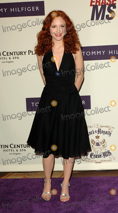 Amy Yasbeck Photo - the 12th Annual Race to Erase MS, at the Westin Century Plaza Hotel Century City, CA. 04-22-2005 Photo by Fitzroy Barrett/Globe Photos Inc. 2005 Amy Yasbeck