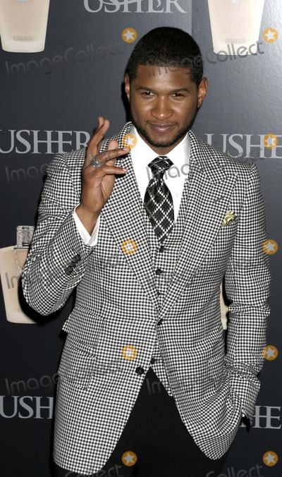 Usher, Usher Raymond Photo - September 2007 - New York, NY, USA -Usher Raymond attends New Fragrance Launch by Grammy Award Winning Artist Usher at Cipriani 23rd Street. Photo Credit: Anthony G. Moore/Globe Photos Usher Raymond