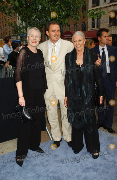 "Vanessa Redgrave, Lynn Redgrave Photo - ""Evening"" Premiere. Clearview Chelsea West , New York City 06-11-2007 Photo by Ken Babolcsay-ipol-Globe Photos, Inc. 2007 Lynn Redgrave, Vanessa Redgrave"