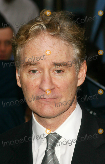 "Kevin Kline Photo - New York Film Festival Premiere of "" the Squid and the Whale "" at Alice Tully Hall in New York City 9-26-2005 Photo by: John Zissel-ipol-Globe Photos, Inc 2005 Kevin Kline"