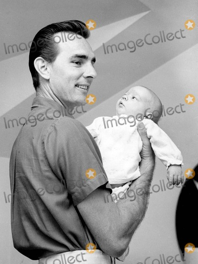 Dennis Weaver Photo - Dennis Weaver with His Son Rusty Weaver 02-19-1959 Supplied by Globe Photos, Inc.