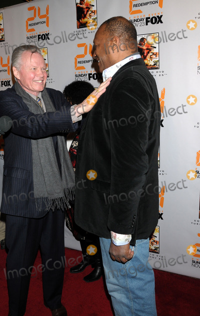 "Jon Voight Photo - World Premiere ""24 Redemption"". Amc Empire 25 Theater, NYC. 11-19-2008 Photo by Ken Babolcsay-ipol-Globe Photos 2008 Jon Voight Tony Dodd"
