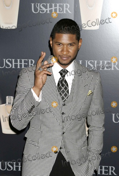 Usher, Usher Raymond Photo - September 2007 - New York, NY, USA - Usher Raymond attends New Fragrance Launch by Grammy Award Winning Artist Usher at Cipriani 23rd Street. Photo Credit: Anthony G. Moore/Globe Photos Usher Raymond