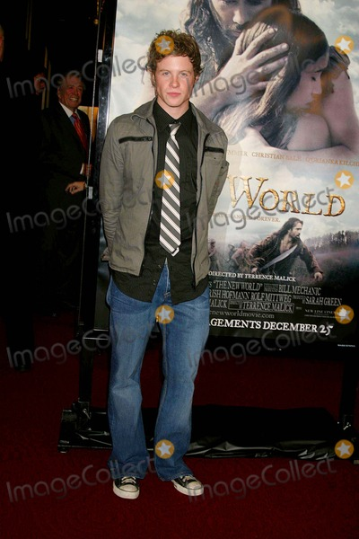 "Ashton Holmes Photo - ""the New World"" Los Angeles Premiere Presented by New Line Cinema Academy of Motion Picture Arts and Sciences, Beverly Hills, CA 12-15-2005 Photo: Clinton.h.wallace-photomundo-Globe Photos Inc Ashton Holmes"