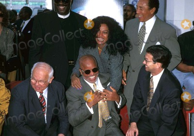 Diana Ross, Berry Gordy, Johnny Grant, Leron Gubler, Smokey Robinson Photo - Berry Gordy Star on the Hollywood Walk of Fame 1996 Diana Ross , Smokey Robinson, Johnny Grant, Berry Gordy and Leron Gubler Photo by Milan Ryba/Globe Photos