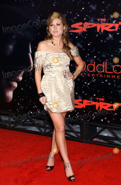"Vail Bloom Photo - the Los Angles Premiere of ""the Spirit"" at Grauman's Chinese Theatre, Hollywood CA 12-17-2008 Photo by Phil Roach-ipol-Globe Photos Vail Bloom"