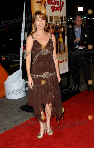 Jane Seymour Photo - Beauty Shop Premiere, at Mann National Theater in Westwood, CA. 03-24-2005 Photo by Fitzroy Barrett/Globe Photos Inc. 2005 Jane Seymour