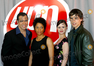 Christopher Gorham, Judith Scott, Keegan CONNOR Tracy Photo - Phillip Anthony-rodriguez, Judith Scott, Keegan Connor Tracy and Christopher Gorham K30680rm 2003-2004 Upn Upfront Presentation at Madison Square Garden in New York City 5/15/2003 Photo By:rick Mackler/rangefinder/Globe Photos, Inc