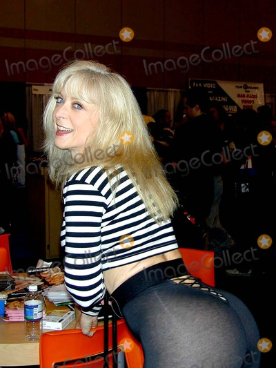 Mi primer post Nina Hartley