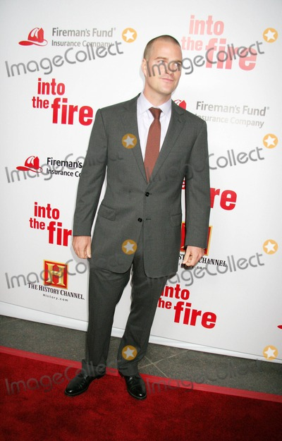 "Chris O'Donnell Photo - ""Into the Fire"" World Premiere Hosted by Chris O'donnell and Fireman's Fund Insurance Company the Directors Guild of America, Hollywood, CA 10-03-2006 Chris O'donnell Photo: Clinton H. Wallace-photomundo-Globe Photos Inc"