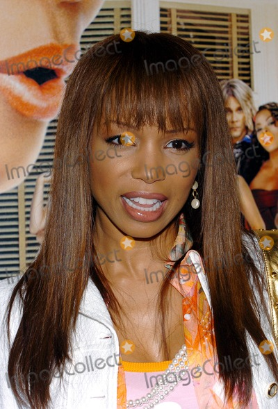 Elise Neal Photo - Beauty Shop Premiere, at Mann National Theater in Westwood, CA. 03-24-2005 Photo by Fitzroy Barrett/Globe Photos Inc. 2005 Elise Neal