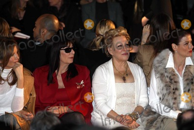 Anjelica Huston, Debra Messing, Bette Midler, Michael Kors, Rene Russo, RENEE RUSSO Photo - Rene Russo, Anjelica Huston, Bette Midler, Debra Messing at Michael Kors 30th Anniversary Fashion Show at Lincoln Center 2-16-11 Photo by John Barrett/Globe Photos, Inc.2011