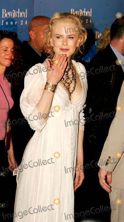 "Nicole Kidman Photo - the World Premiere of ""Bewitched"" at the Ziegfeld Theatre , New York City 06-13-2005 Photo by Rick Mackler-rangefinder-Globe Photos,inc. Nicole Kidman"