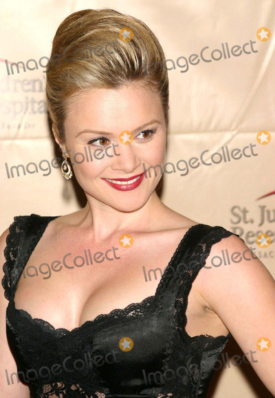 Lauren Woodland Photo - Daytime Stars Unite to Benefit St. Jude's Children's Research Hospital New York Marriott Marquis, New York City 10-14-2005 Photo by John Zissel-ipol-Globe Photos