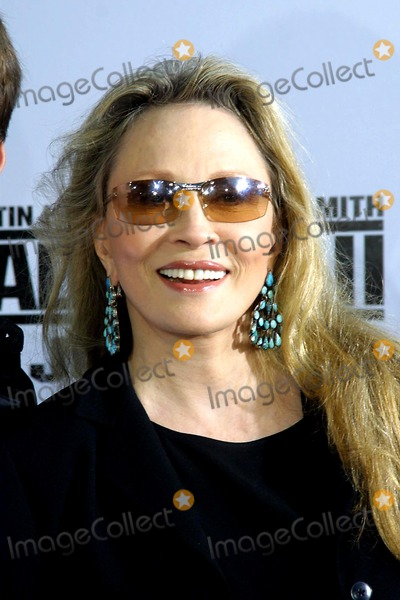 Faye Dunaway Photo - 7/9/03 Bad Boys2 Mann Village Theatre Westwood CA. Faye Dunaway Photo:tom Rodriguez/Globe Photos Inc