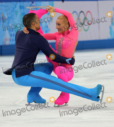 Aliona Savchenko, Robin Szolkowy Photo - XXII Olympic Winter Games. Figure Skating. Pairs Short Program. GER Aliona SAVCHENKO Robin SZOLKOWY  Credit: RussianLook/face to face - Germany, Austria, Switzerland and USA rights only -