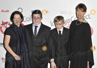 Clio Barnard, Conner Chapman, Shaun Thomas Photo - LONDON, ENGLAND - FEBRUARY 02: Tracy O'Riordan, Shaun Thomas, Conner Chapman & Clio Barnard attend the London Critics' Circle Film Awards 2014, May Fair Hotel, Stratton St., on Sunday February 02, 2014 in London, England, UK.CAP/CAN Can Nguyen/Capital Pictures/face to face - Germany, Austria, Switzerland and USA rights only -