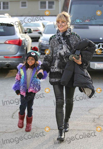 photos and pictures heidi klum with daughter lou as they visit private ice skating ring in. Black Bedroom Furniture Sets. Home Design Ideas