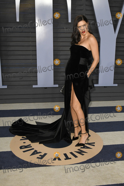 Adriana Lima, Wallis Annenberg Photo - 04 March 2018 - Los Angeles, California - Adriana Lima. 2018 Vanity Fair Oscar Party following the 90th Academy Awards held at the Wallis Annenberg Center for the Performing Arts. Photo Credit: Birdie Thompson/AdMedia