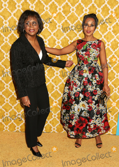 "Kerry Washington, Anita Hill, Kerri Washington, Kerry Bishé Photo - 31 March 2016 - Los Angeles, California - Anita Hill, Kerry Washington. ""Confirmation"" Los Angeles Premiere held at Paramount Studios. Photo Credit: Byron Purvis/AdMedia"