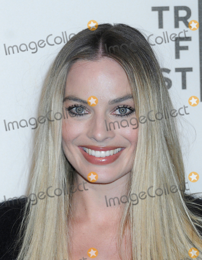 """Margot Robbie Photo - Margot Robbie at the 2019 Tribeca Film Festival Premiere of """"DREAMLAND"""", held at the Stella Artois Theatre at BMCC/CUNY in Tribeca in New York, New York, USA, 28 April 2019"""