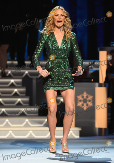 photos and pictures 07 november 2015 nashville tennessee jennifer nettles 2015 cma country christmas held at the grand ole opry house - Cma Country Christmas 2015