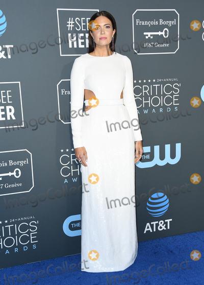 Mandy Moore Photo - 13 January 2019 - Santa Monica, California - Mandy Moore. The 24th Annual Critics' Choice Awards held at Barker Hangar. Photo Credit: Birdie Thompson/AdMedia