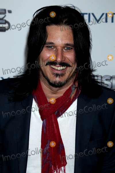 gilby personals All the singles and albums of gilby clarke, peak chart positions, career stats, week-by-week chart runs and latest news.