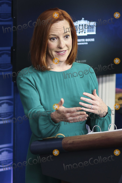 White House, The White Photo - -White House Press Secretary Jen Psaki talks to reporters during the daily press briefing in the Brady Press Briefing Room of the White House on Tuesday, April 6, 2021 in Washington, DC.