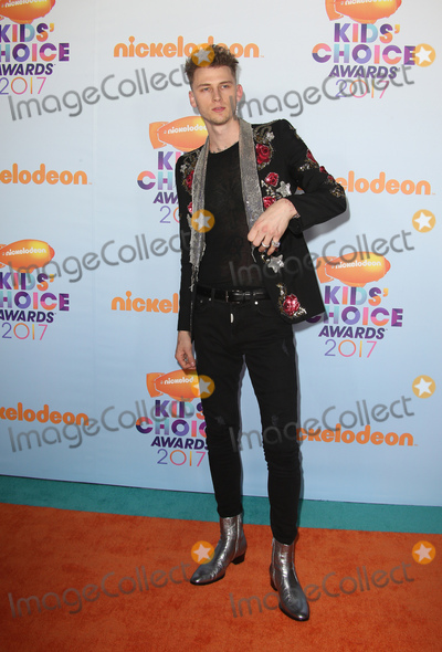 Photo - 11 March 2017 -  Los Angeles, California - Machine Gun Kelly. Nickelodeon's Kids' Choice Awards 2017 held at USC Galen Center. Photo Credit: Faye Sadou/AdMedia