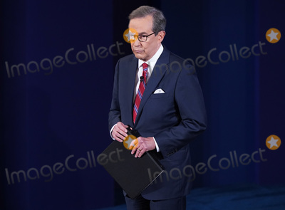 Presidential Campaign, Donald Trump, Joe Biden, CHRIS WALLACE Photo - Moderator Chris Wallace arrives for the first of three scheduled 90 minute presidential debates between President Donald Trump and Democratic presidential nominee Joe Biden, in Cleveland, Ohio, on Tuesday, September 29, 2020. Credit: Kevin Dietsch / Pool via CNP/AdMedia
