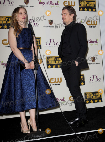 Ethan Hawke, Julie Delpy, July Delpy Photo - 16 January 2014 - Santa Monica, California - Julie Delpy, Ethan Hawke. 19th Annual Critics' Choice Movie Awards held at Barker Hangar. Photo Credit: Kevan Brooks/AdMedia