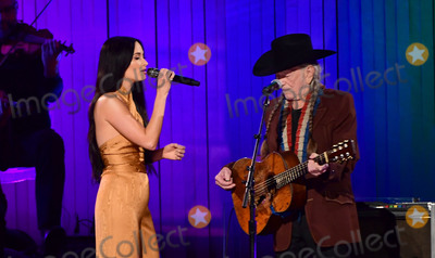 Willie Nelson, CMA Award, Kacey Musgraves Photo - 13 November 2019 - Nashville, Tennessee - Kacey Musgraves, Willie Nelson. 51st Annual CMA Awards, Country Music's Biggest Night, held at Bridgestone Arena. Photo Credit: Laura Farr/AdMedia
