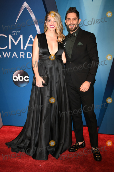 CMA Award, Thomas Rhett, Lauren Akins Photo - 08 November 2017 - Nashville, Tennessee - Lauren Akins, Thomas Rhett. 51st Annual CMA Awards, Country Music's Biggest Night, held at Music City Center. Photo Credit: Laura Farr/AdMedia