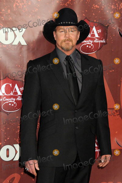 Trace Adkins Photo - 6 December 2010 - Las Vegas, California - Trace Adkins. American Country Awards 2010 - Arrivals held at the MGM Grand. Photo: Byron Purvis/AdMedia