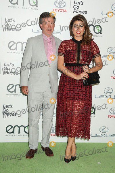 Alan Thicke, Tanya Callau Photo - 24 October 2015 - Burbank, California - Alan Thicke, Tanya Callau. Environmental Media Association Hosts the 25th Annual EMA Awards held at Warner Bros. Studios. Photo Credit: Byron Purvis/AdMedia