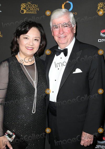Chris Dodd, Bianca Chen Photo - 29 October 2017 - Los Angeles, California - Bianca Chen, Chris Dodd. 2nd Annual Golden Screen Awards Hosted By U.S. China Film And TV Industry Expo held at The NOVO at LA Live. Photo Credit: F. Sadou/AdMedia