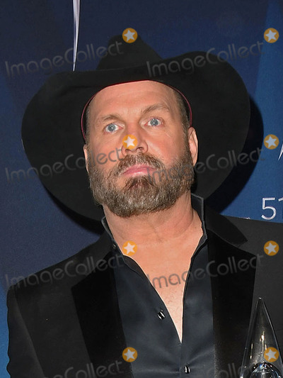 Garth Brooks, CMA Award Photo - 08 November 2017 - Nashville, Tennessee - Garth Brooks. 51st Annual CMA Awards, Country Music's Biggest Night, held at Bridgestone Arena. Photo Credit: Laura Farr/AdMedia