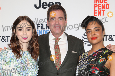 Josh Welsh, Lily Collins, Tessa Thompson Photo - 21 November 2017 -  West Hollywood, California - Lily Collins, President of Film Independent, Josh Welsh, Tessa Thompson