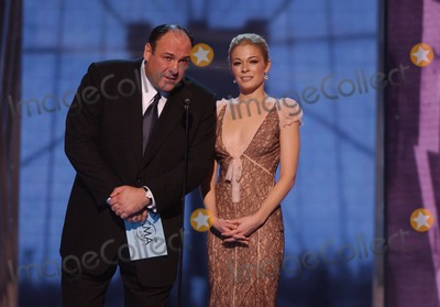 """LeAnn Rimes, CMA Award, LEANNE RIMES, The Sopranos, James Gandolfini Photo - 19 June 2013 - """"The Sopranos"""" star James Gandolfini has died at the age of 51. According to multiple sources, the three-time Emmy winner suffered a heart attack while on vacation in Italy. File Photo: 15 November 2005 - New York, New York - LeAnn Rimes and James Gandolfini. 39th Annual CMA Awards held at Madison Square Garden. Photo Credit: Laura Farr/AdMedia"""