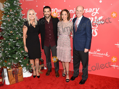 Autumn Reeser, Jesse Metcalfe, Jesse Metcalf, Bill Abbott, Michelle Vicary Photo - 20 November 2019 - Hollywood, California - Michelle Vicary, Autumn Reeser, Jesse Metcalf, Bill Abbott. Hallmark Channels 10th Anniversary Countdown to Christmas - Christmas Under the Stars Screening and Party. Photo Credit: Billy Bennight/AdMedia