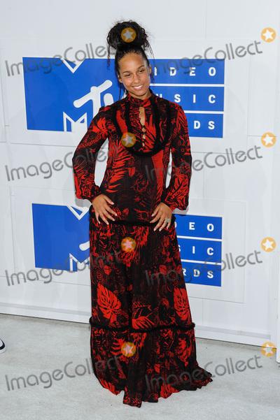 Alicia Keys Photo - 28 August 2016 - New York, New York - Alicia Keys.  2016 MTV Video Music Awards at Madison Square Garden. Photo Credit: Mario Santoro /AdMedia