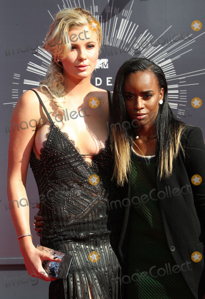 Ireland Baldwin, Angel Haze Photo - 24 August  2014 - Inglewood, California - Ireland Baldwin, Angel Haze. 2014 MTV Video Music Awards held at The Forum. Photo Credit: F. Sadou/AdMedia