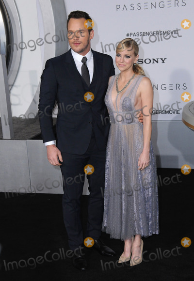 "Anna Faris, Chris Pratt Photo - 14 December 2016 - Westwood, California - Chris Pratt, Anna Faris. The Los Angeles premiere of ""Passengers"" held at Regency Village Theatre. Photo Credit: Birdie Thompson/AdMedia"