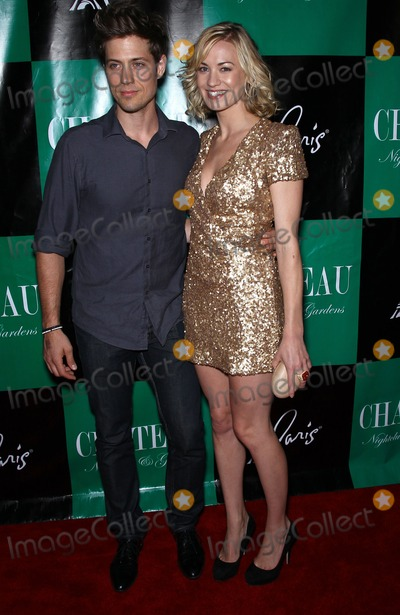 Photos And Pictures 30 July 2011 Las Vegas Nevada Tim Loden Yvonne Strahovski Yvonne Strahovski Walks The Red Carpet At Chateau Nightclub Inside Paris Las Vegas Before Celebrating Her The handmaid's tale star broke the marriage news on the red carpet before sunday's emmy awards, gushing about the big day with a smile alongside her new husband tim loden. tim loden yvonne strahovski yvonne